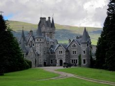 Ardverikie House   © Dallas Epperson/Flickr
