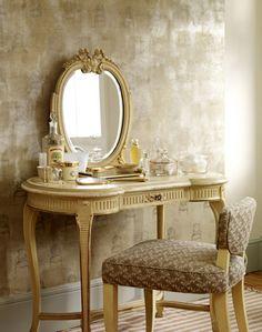 Женский туалетный столик — изящество, практичность и удобство