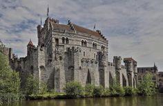 Castillo de Gravensteen - Gante, Bélgica #Gravensteen #gent #belgium