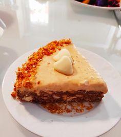 Τούρτα παγωτό καραμέλα με βάση μωσαϊκό καραμέλα French Toast, Breakfast, Food, Morning Coffee, Essen, Meals, Yemek, Eten