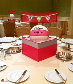 Volleyball centerpieces. Volleyball Party, Volleyball Gifts, Coaching Volleyball, Volleyball Pictures, Banquet Centerpieces, Banquet Decorations, Banquet Ideas, Football Banquet, Football And Basketball