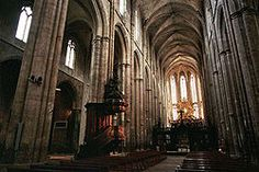 The Basilica of Mary Magdalene, Saint Maximin la Sainte Baume, Provence, begun in 1295, building work continued for more than 100 years, maintaining the 13th-century style.