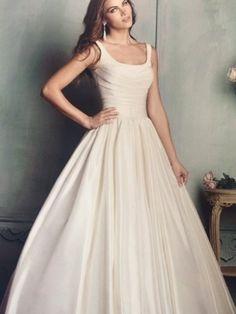 Bridal Gown 112-9108 BLYE'S 2018JAN