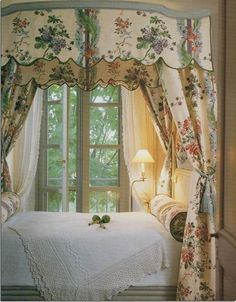 Pretty French Decorating Style : Romantic French Decorating Style for Bedrooms – Better Home and Garden