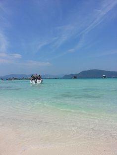 Raya island Phuket thailand http://www.jctour-phuket.com/rayaisland/index.php