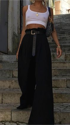 Style vestimentaire boheme ideas for 2019 Mode Outfits, Fashion Outfits, Womens Fashion, Fashion Trends, Fashion Tips, Looks Style, My Style, Summer Outfits, Casual Outfits