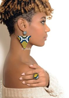 Ladies: Check Out This 25 Stylish Ankara Necklaces and Earrings