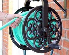Wall Mounted Hose Reel Storage Garden Rotating Holds 125 Ft Inch Back Yard
