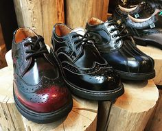 Just stopped in at the new @fluevog store on #queenstreetwest I have all 3 of these except the middle ones are my black and white ones of #fluevog #shoes They did an awesome job on this store! #torontophotography #toronto_insta #toronto #toronto2016 #torontolife #torontofashion #torontostyle #torontolove ..... More fluevog shoes coming up