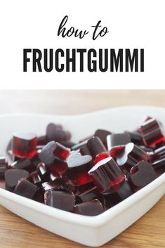 Fruit jelly hearts with cherry, currant nectar and Co. // Make your own wine gum // Homemade Gummybears Fruit jelly hearts with cherry, currant nectar and Co. // Make your own wine gum // Homemade Gummybears Brownies Cacao, Wine Gums, Fudge, Fruit Gums, Make Your Own Wine, Chocolate Hearts, Salty Snacks, Easy Baking Recipes, Bonbon