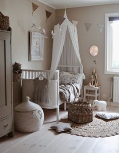 Love this beautiful room Shop from our range of canopies & linen bunting and light balloons are being added to. Baby Bedroom, Nursery Room, Girls Bedroom, Childrens Room Decor, Baby Room Decor, Baby Corner, Baby Barn, Kid Spaces, Baby Cribs