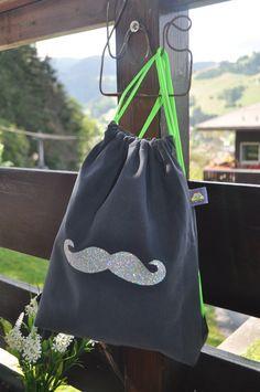 sac à dos MOUSTACHE : Sacs à dos, cartables par etoile-filante