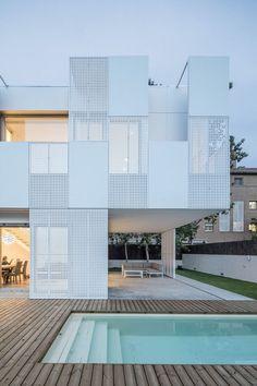 Single Family House Castelldefels / Ral, © Adrià Goula