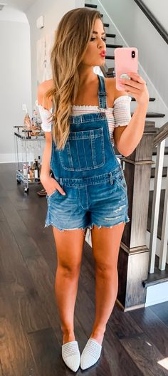 Beautiful Summer Outfits To Inspire You blue denim romper Classy Summer Outfits, Spring Outfits, Outfits For Teens, Cute Outfits, Estilo Jeans, Fashion Outfits, Womens Fashion, Fashion Fashion, Fashion Online