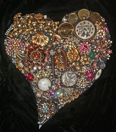 Mosaic Heart Art – Happy Valentine's Day! Jewelry Tree, Old Jewelry, Jewellery, Silver Jewelry, Jewelry Making, Button Art, Button Crafts, My Funny Valentine, Happy Valentines Day