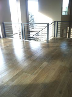 Great Floor Like The Transition To Railing