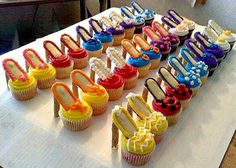más y más manualidades: Cupcakes de zapatos de tacón