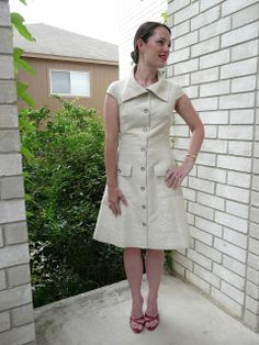 Amanda's Adventures in Sewing: Vogue 1233 - White + silver Pamella Roland shirtdress