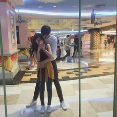 Ulzzang couple mirror selca together 🕊 Couple Ulzzang, Ulzzang Girl, Cute Relationship Goals, Cute Relationships, Cute Korean, Korean Girl, Parejas Goals Tumblr, Couple Goals Cuddling, Korean Ulzzang