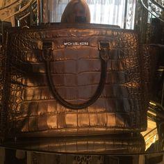 Like new! Like new Michael kors bag! Michael Kors Bags