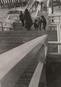 László Moholy-Nagy. The Boardwalk. Before 1931