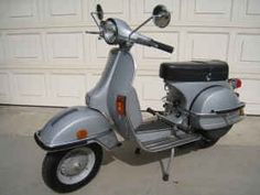 79' Vespa P200E (mine is white without the dressing)