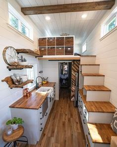 A Tiny House Without Sacrifices in Design Tiny House Basics Tiny Houses For Rent, Best Tiny House, Modern Tiny House, Tiny House Closet, Tiny House On Wheels, Tiny House Layout, Tiny House Design, House Layouts, Design Your Own House