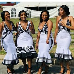 This seasons Xhosa Bridemaids can expect many head-turns as they move around the wedding venue in colourful Xhosa Bridemaids dresses, taking care of the bride while also investing time is selfies now and then. Source by SunikaMagazine dresses ideas African Bridesmaid Dresses, African Wedding Attire, African Print Dresses, African Print Fashion, African Attire, African Dress, African Prints, Africa Fashion, African Wear
