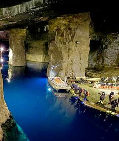 Bonne Terre Mine in Missouri | VisitMO.com  185 Park Ave. Bonne Terre, MO 63628 Website Phone: 888-843-3483 info@2dive.com May-Oct.: daily, 9 a.m.-5 p.m. / Nov.-April: Fri.-Sun., 9 a.m.-5 p.m.
