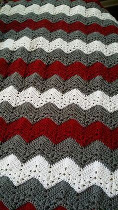 Chevron Crochet Blanket Pattern, Crochet Ripple Afghan, Afghan Crochet Patterns, Knitting Patterns, Crochet Stitches, Chevron Afghan, Crochet Crafts, Crochet Projects, Modern Crochet Patterns