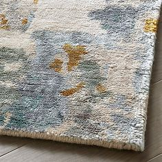 Our rug swatches ship free and can be returned to any store for a full refund. Color accuracy can vary by screen, so ordering a swatch is an easy way to see exactly how your favorite rugs will look at home.