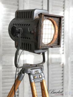 Industrial Lamp on tripod - Industriële statief lampen - Industriële Verlichting - Burbri
