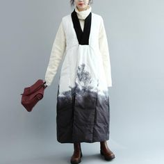 Unique Ink Printing V Neck Sleeveless Literature Winter Women Coat