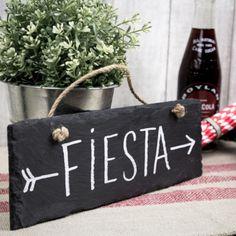 Cartel de pizarra. Se vende en: www.mrwonderfulshop.es  #cartel #pizarra #decoración Pinata Party, Mr Wonderful, Ideas Para Fiestas, Diy Party Decorations, Wedding Events, Weddings, Holidays And Events, Bar, Party Time