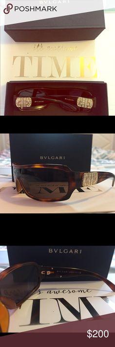 Bvlgari unisex sunglasses💎 💋Authentic pre loved sunglasses . 💎Bling Bvlgari sunglasses in good condition Bvlgari Accessories Sunglasses