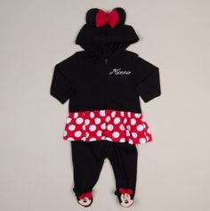 I love disney!!! <3 and this outfit is adorable!!!!