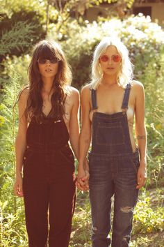 Dungarees Twins.