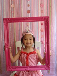 The Little Nook | Diy Princess Party -  photo props, background, props & birthday party memories.