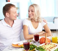 Are Thanksgiving Plans Turning Your New Relationship into a Battlefield?