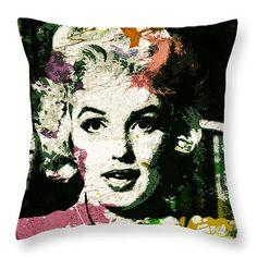 Throw Pillow with Marilyn Monroe #MarilynMonroe #celebrity #pillow #art #popart #fineart #celebs