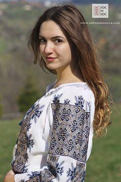 Romanian Peasant Blouses for sale worldwide - Stunning hand embroidered Bohemian blouse, Bohemian Blouses, Bohemian Tops, Bohemian Style, Bohemian Fashion, Boho, Folk Fashion, Noblesse, Peasant Blouse, Romania