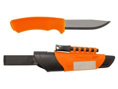 The Mora Bushcraft Survival Orange features a razor sharp mm heavy duty Sandvik stainless blade, an all-weather Morakniv Fire Steel and an integrated diamond sharpener. The high visibility of the unit make it very sensible outdoor survival gear. Bushcraft Knives, Tactical Knives, Bushcraft Kit, Tactical Gear, Wilderness Survival, Camping Survival, Camping Ideas, Camping Hacks, Knives