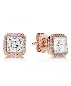 These hand-finished PANDORA Rose stud earrings feature a glittering halo around each Danube-cut centre stone. Shop your Pandora Stud Earrings here. Charms Pandora, Pandora Jewelry, Pandora Pandora, Pandora Necklace, Rose Earrings, Crystal Earrings, Sterling Silver Earrings, Stud Earrings, Earring Studs