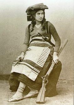 Michelina (that was my Mother's Name!) De Cesare Donne combattenti, le…