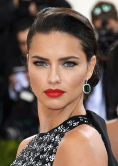 Adriana Lima teased crowds at the Met Gala 2016 with soon to come Maybelline lip color. Our Maybelline girl wore Loaded Bolds Lipstick in Orange Danger, a collection launching later this year. Watch out Baebellines. ;)