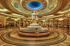 Even before someone wearing Google Glass has the opportunity to stride through the casino floor of Caesars Palace, the wearable tech has been banned by the famous Las Vegas hotel. Description from technobuffalo.com. I searched for this on bing.com/images