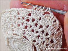 Arts And Crafts Kitchen Crochet Diagram, Filet Crochet, Easy Crochet, Crochet Wedding Favours, Crochet Bag Tutorials, Easter Crochet Patterns, Crochet Barbie Clothes, Crafts For Seniors, Crochet Earrings