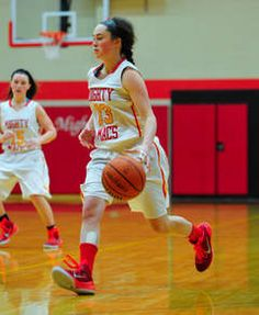 Girls Basketball: Mother McAuley sparkles playing in front of Archbishop   The Southtown Star