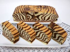 Anncoo Journal - Share My Baking And Cooking Experiences: Egg White Zebra Cake Torta Zebra, Zebra Cakes, Cake Recipes, Dessert Recipes, Desserts, Meal Recipes, Yummy Treats, Sweet Treats, Tiger Cake