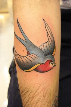 #Old school #swallow #tattoo on forearm by Susy